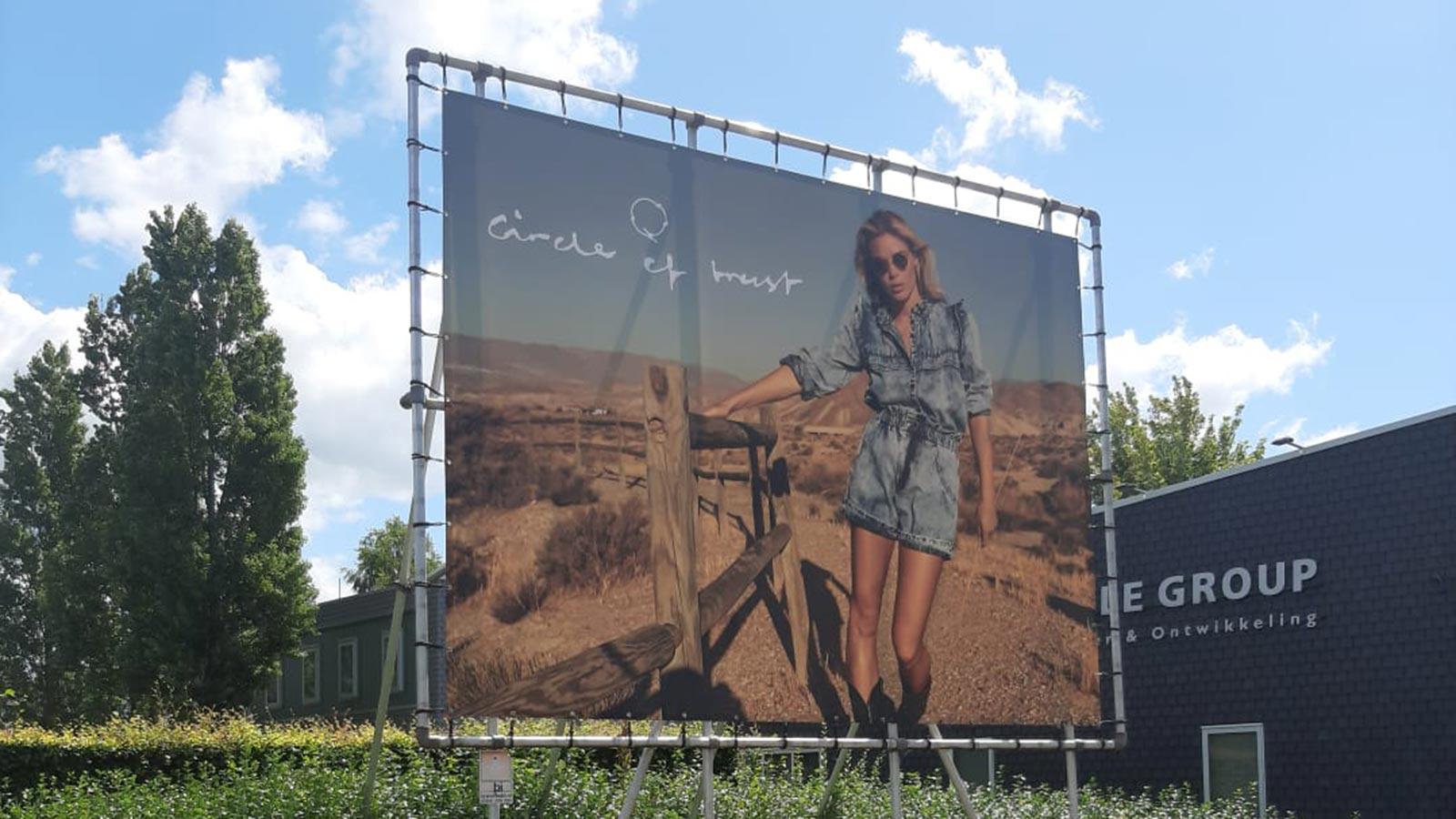 Van Riemsdijk Reklame - Spandoeken - Circle of trust