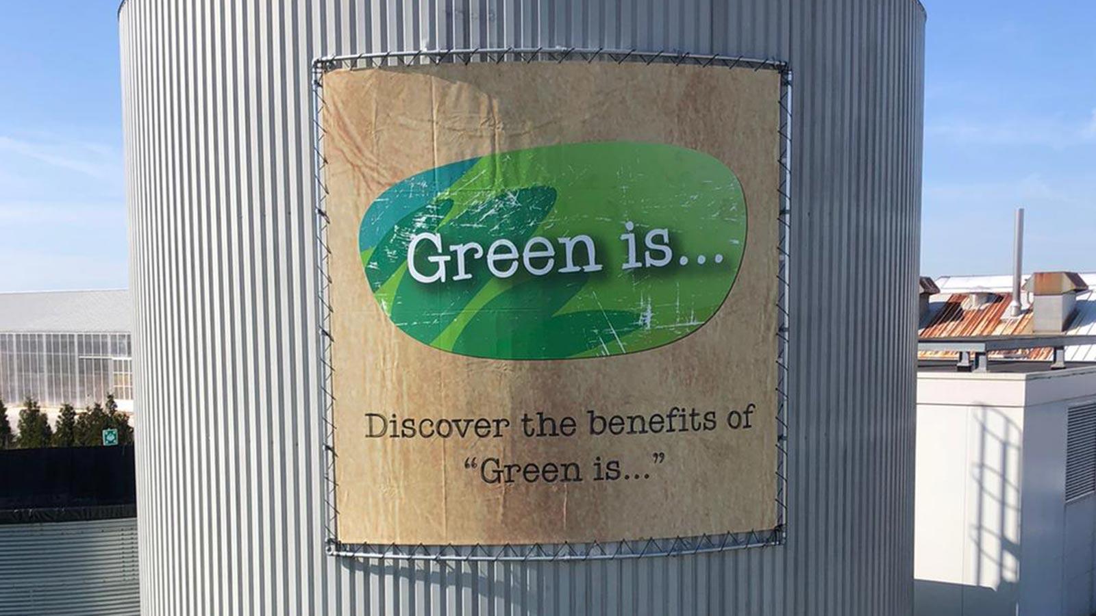 Van Riemsdijk Reklame - Spandoeken - Green is …