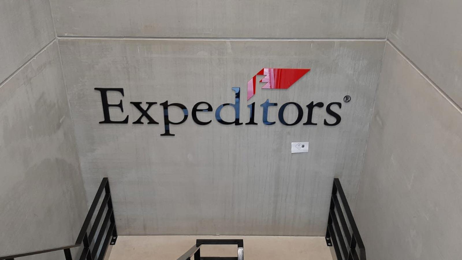 Van Riemsdijk Reklame - Binnenreclame - Expeditors