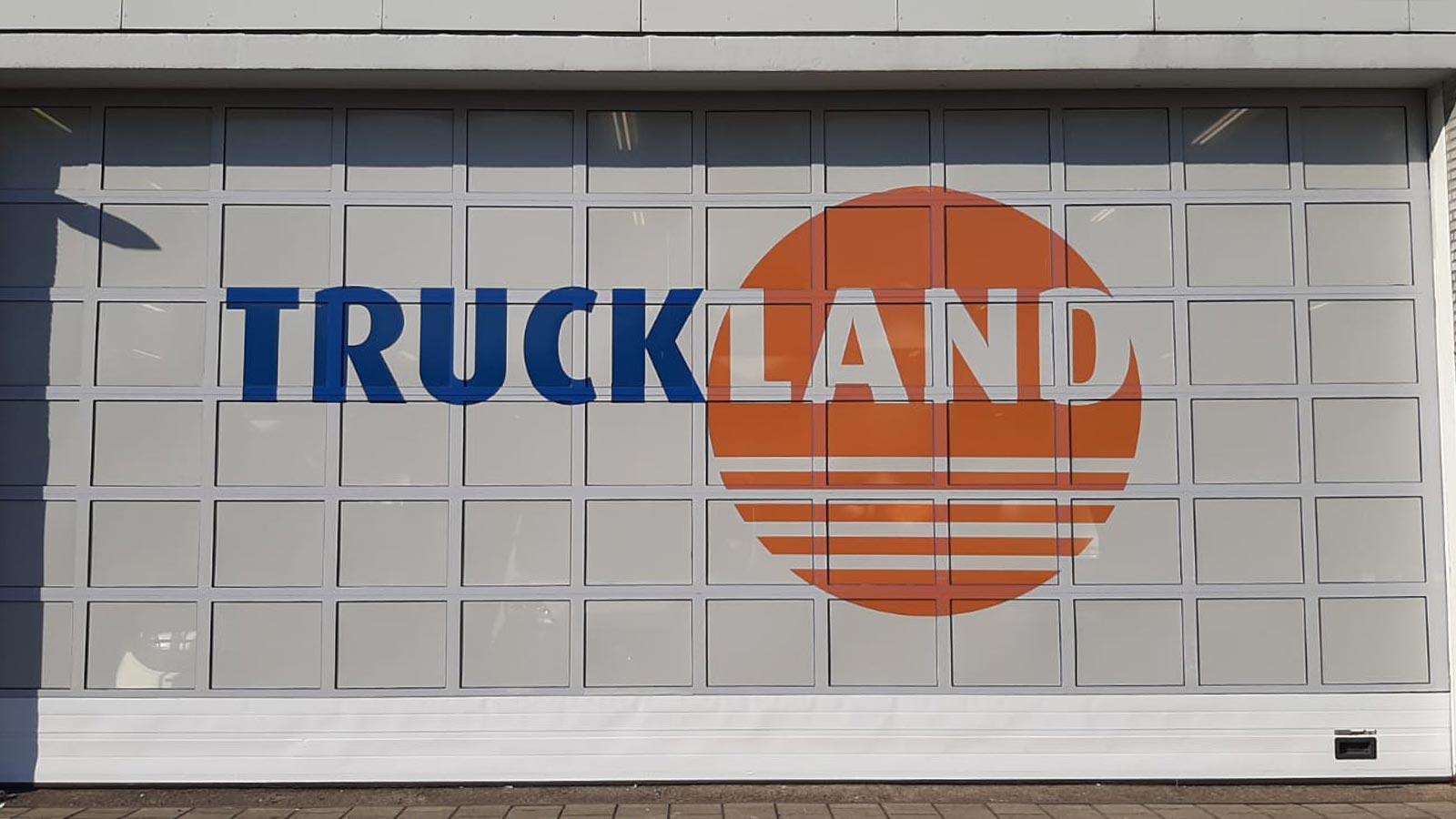 Van Riemsdijk Reklame - Buitenreklame - Truckland - Uitgelichte projecten