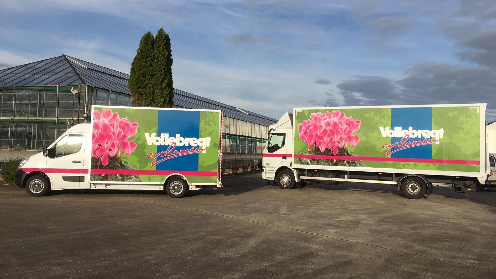 Van Riemsdijk Reklame - Autoreklame - Vollebregt Cyclamen - Vrachtwagens