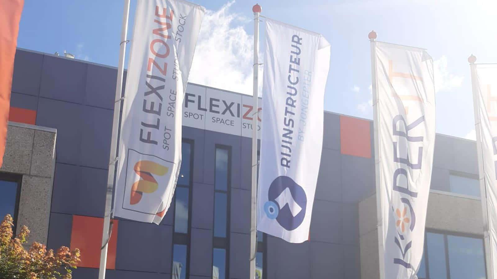 Van Riemsdijk Reklame - Flexizone - Vlaggen - Banieren
